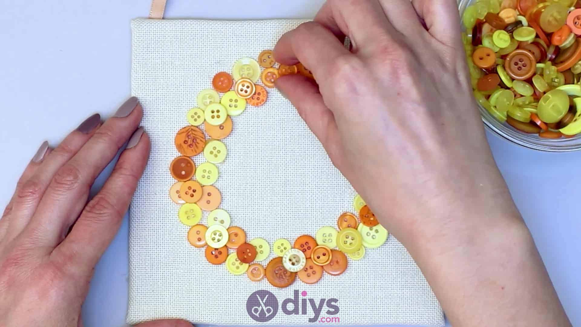 Button art wall hanging step 8e