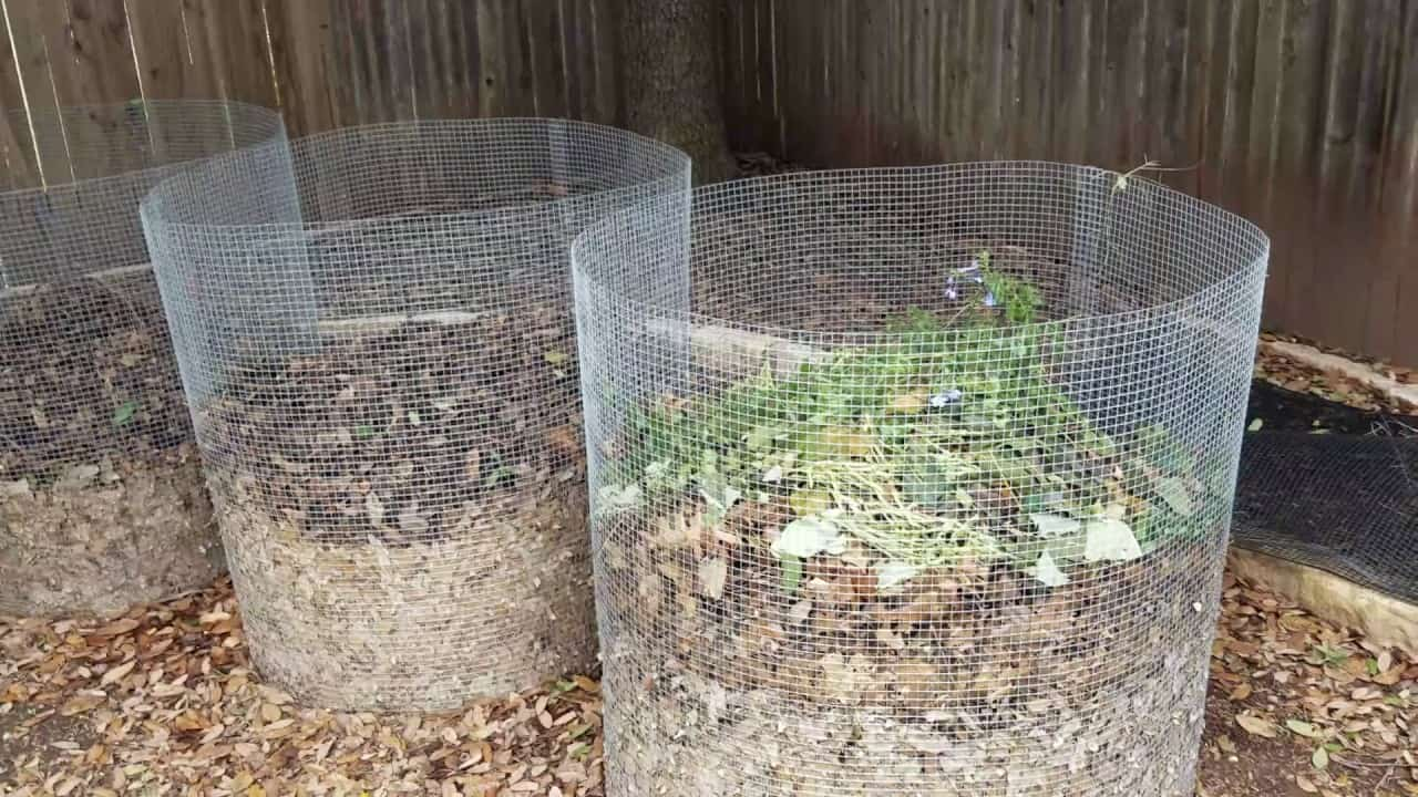 Circular wire composters