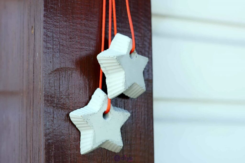 Concrete hanging star decoration step 9