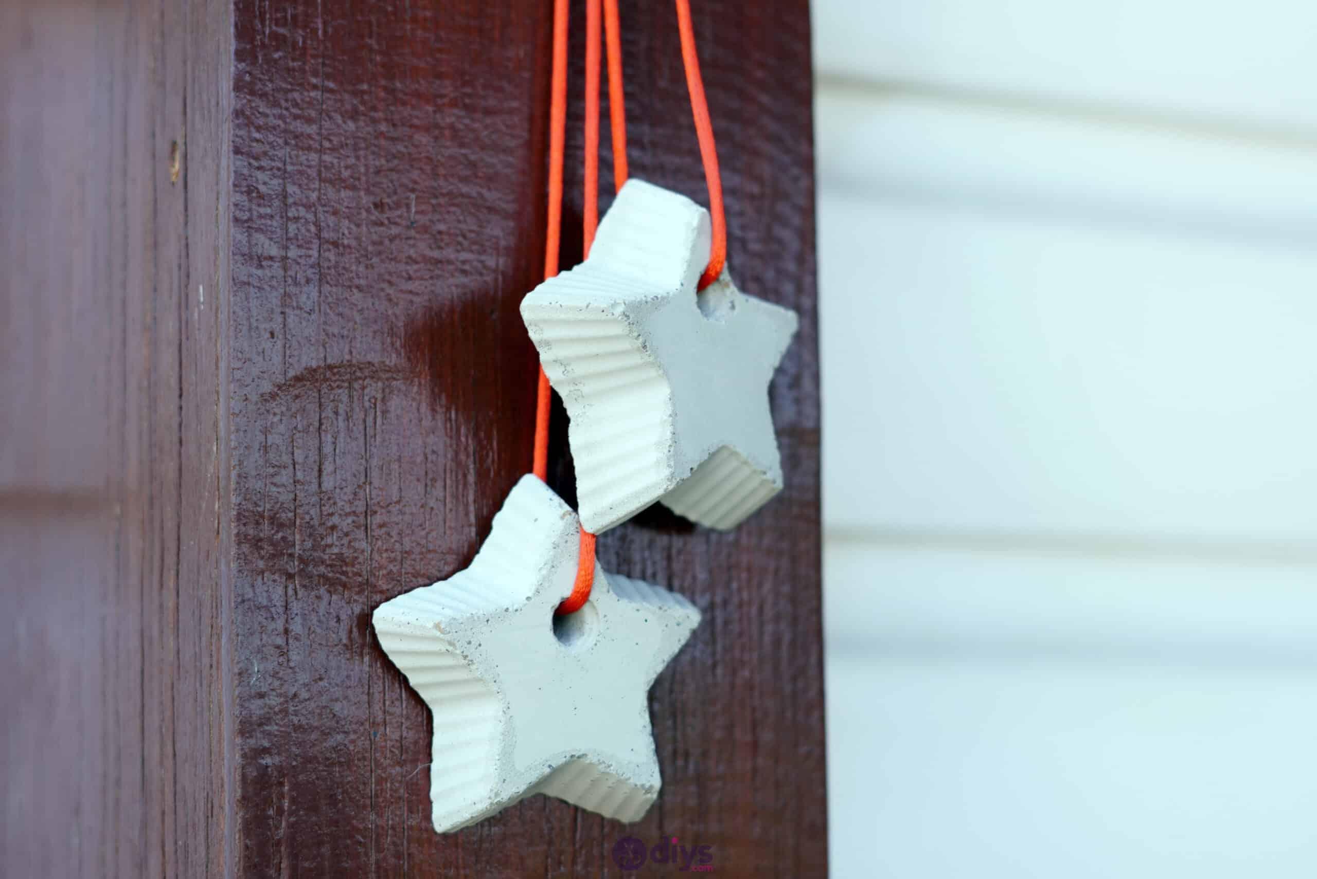 Concrete hanging star decoration step 9