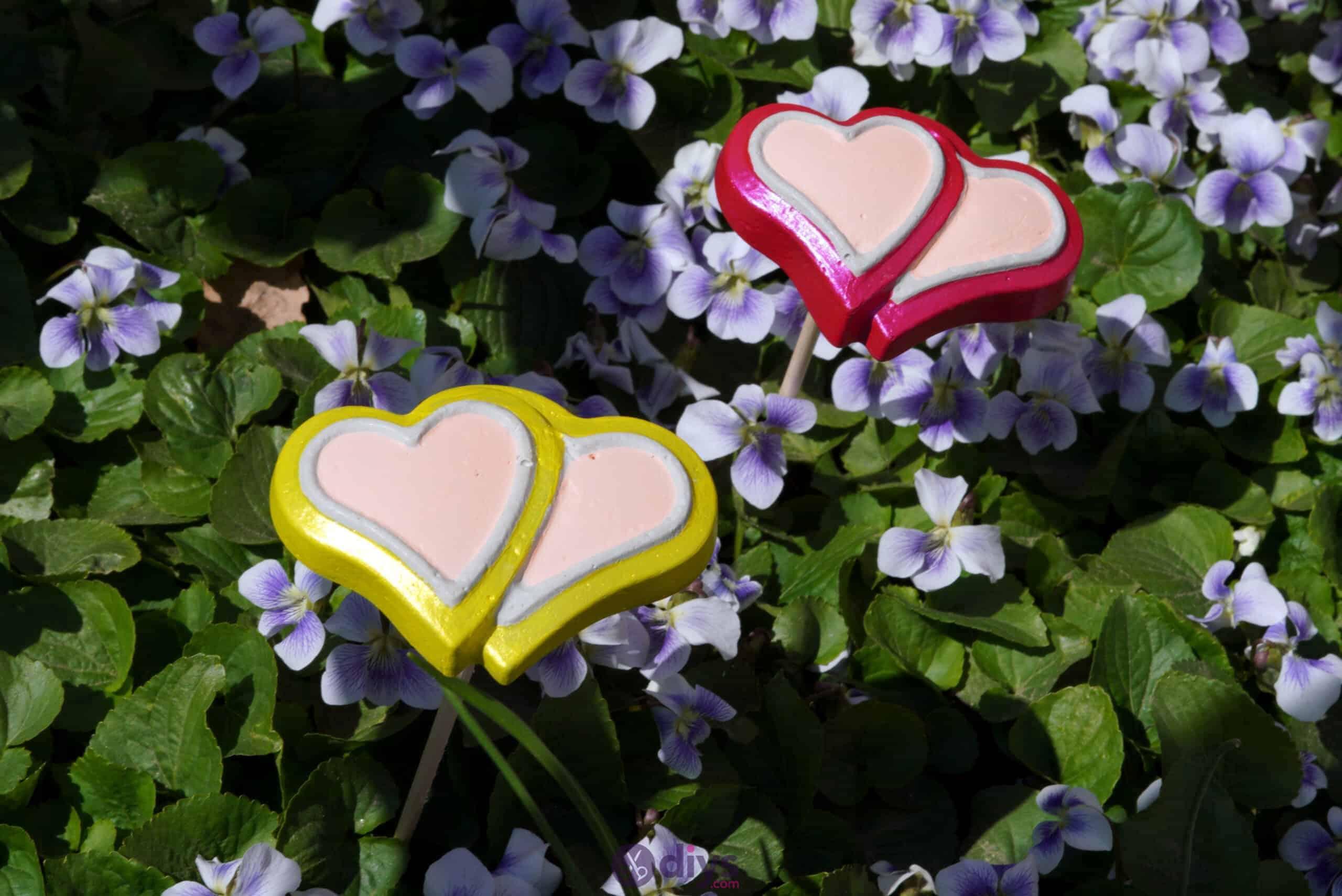 Concrete heart garden decor diy