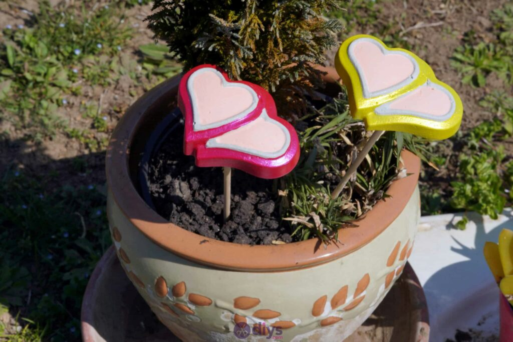 Concrete heart garden decor simple project