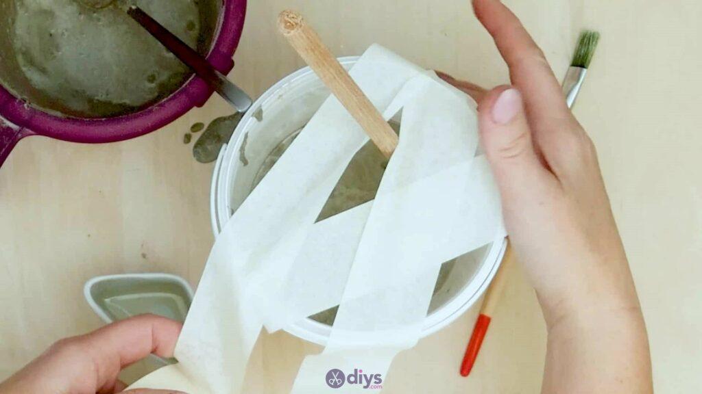 Concrete toilet paper holder step 4d