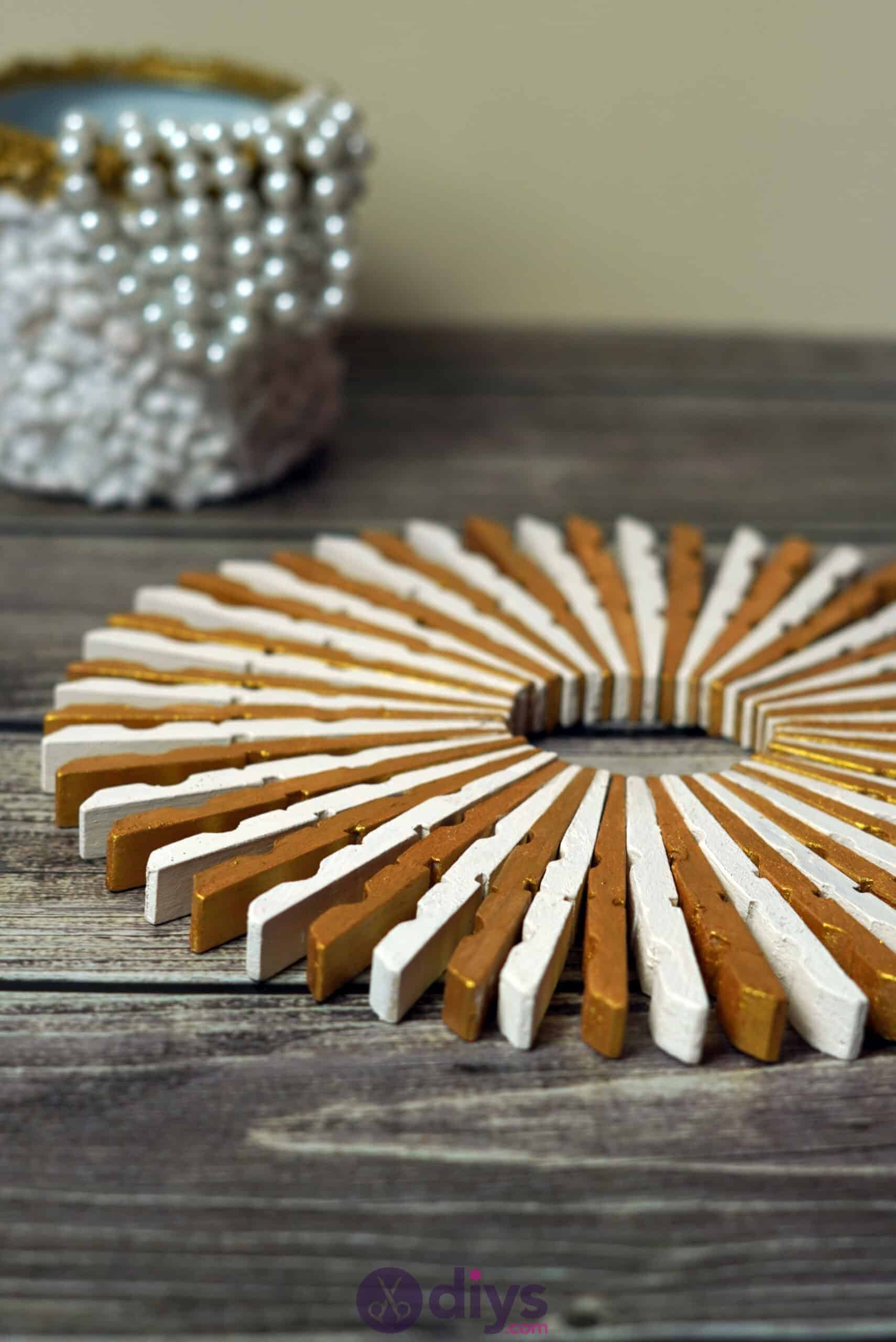 A Fantastic Way To Recycle Clothespin Turn Them Into Simple Art