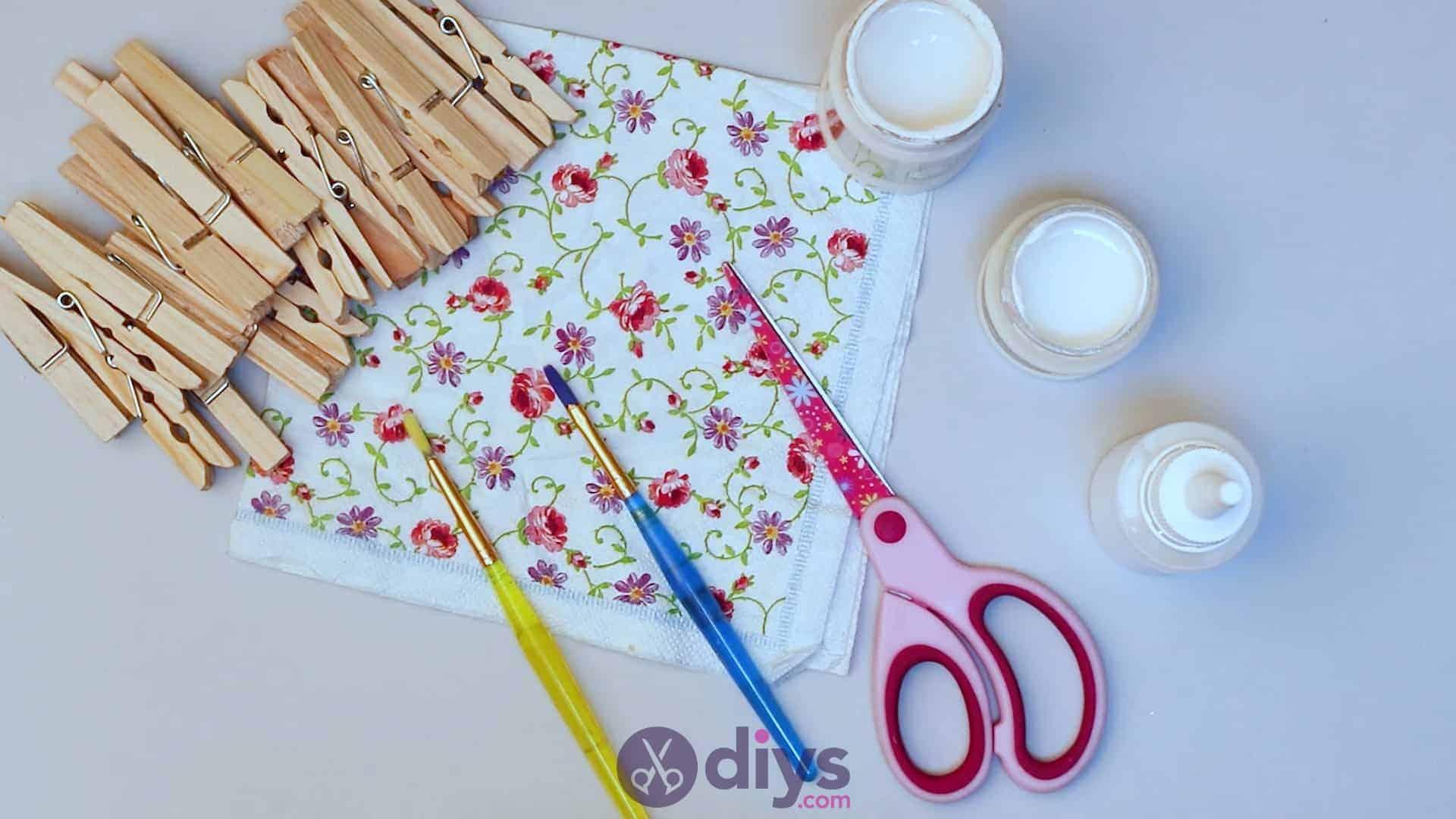 Diy clothespin napkin holder materials