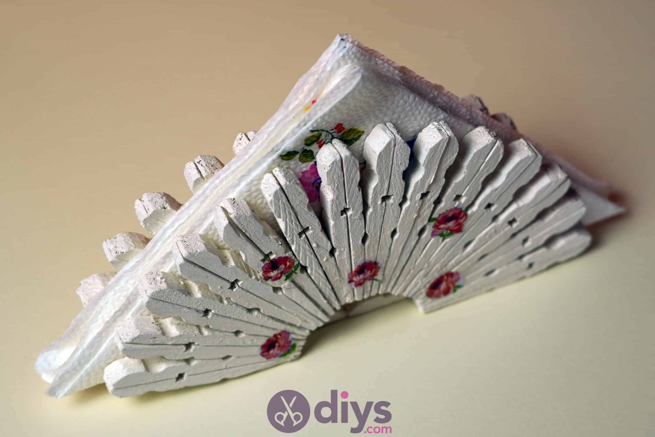 Diy clothespin napkin holder painted