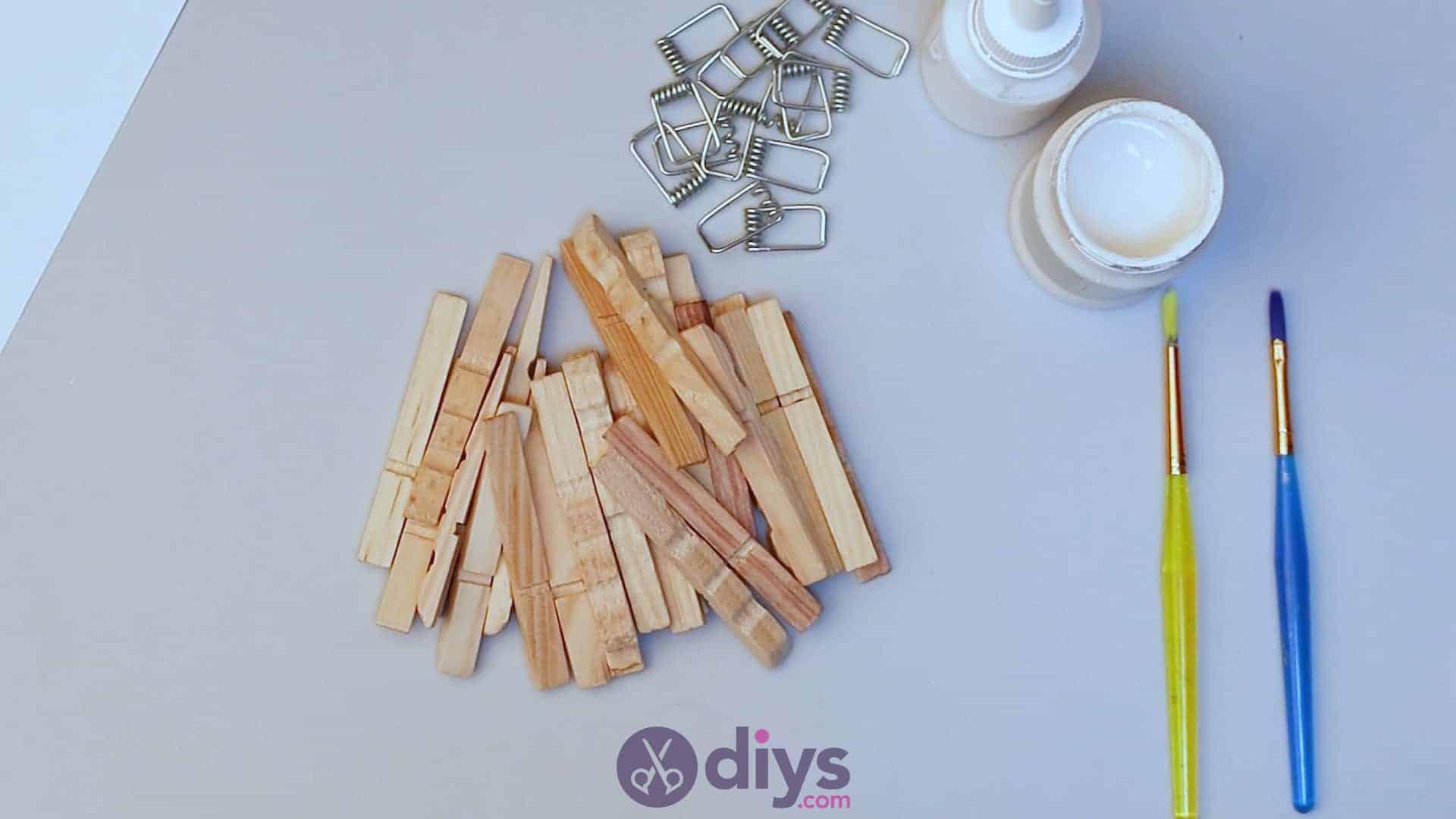 Diy clothespin napkin holder step 2e