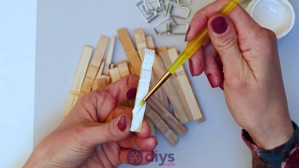 Diy clothespin napkin holder step 3c
