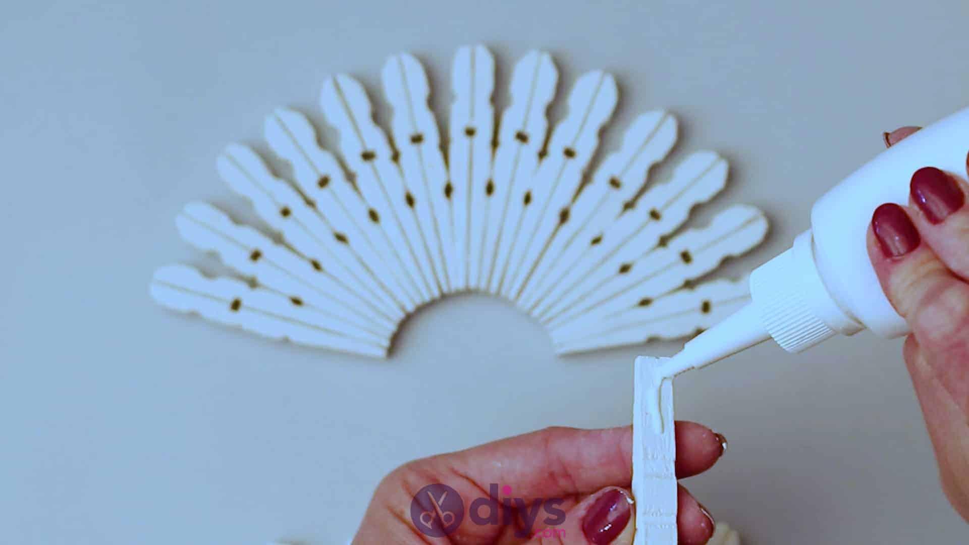 Diy clothespin napkin holder step 5e