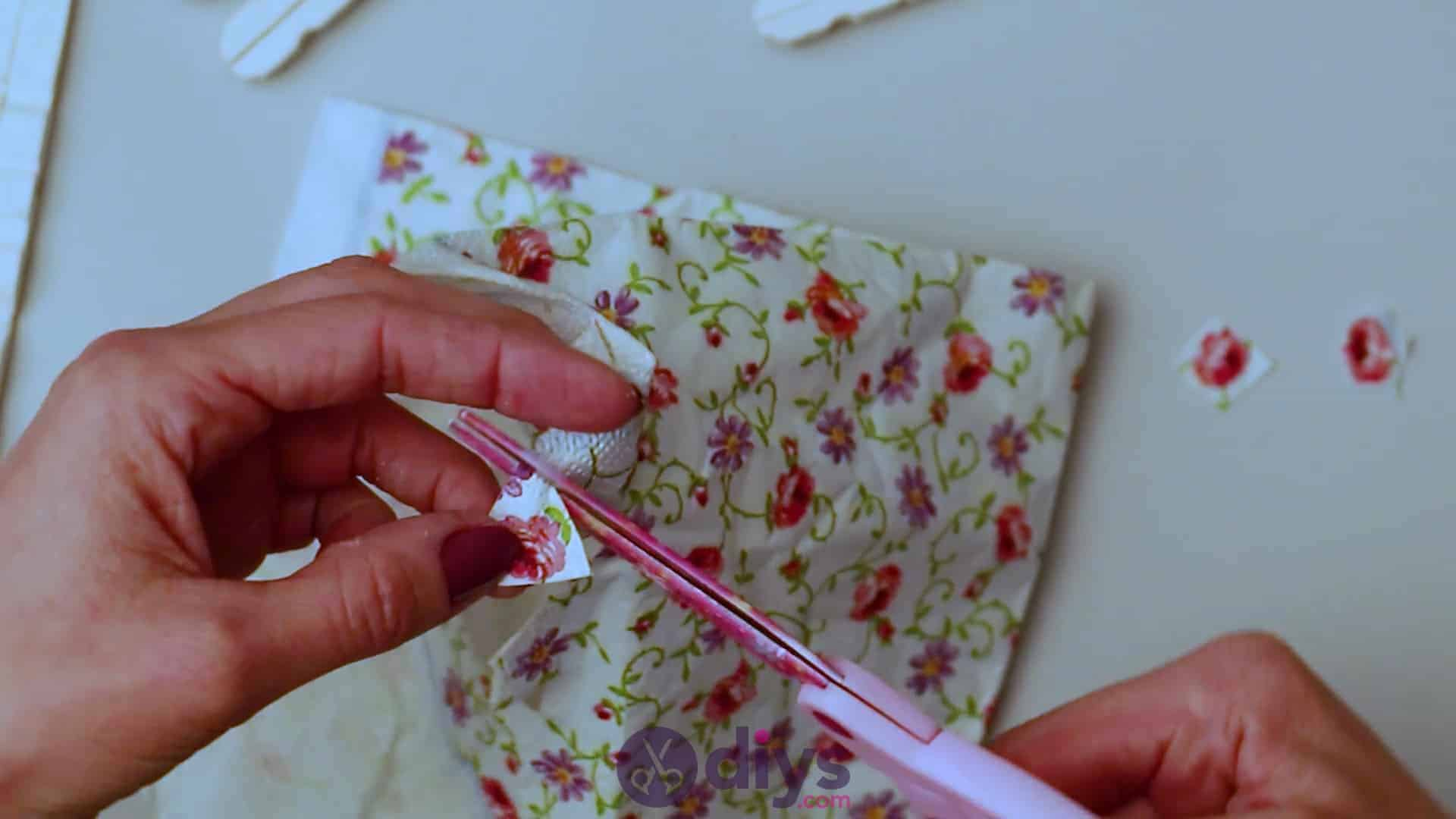 Diy clothespin napkin holder step 9a