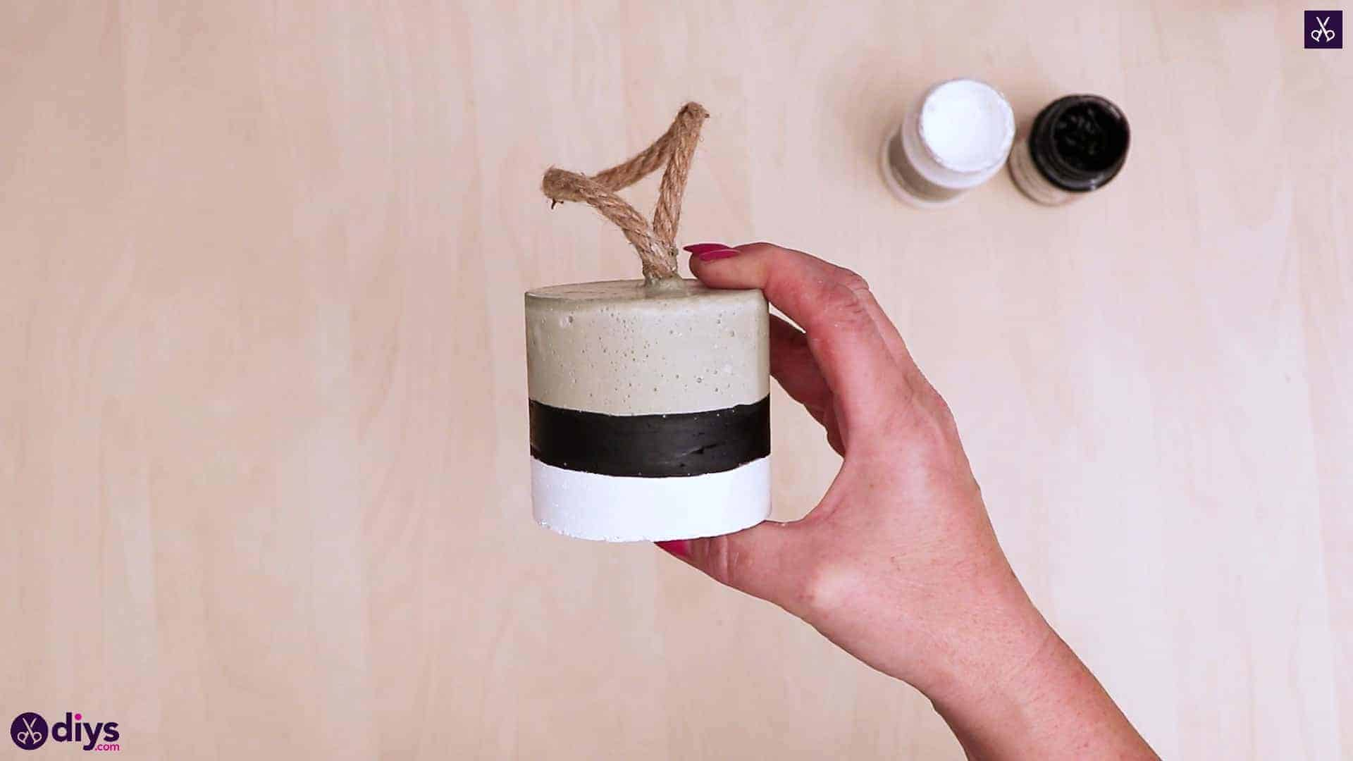 Diy concrete door stopper
