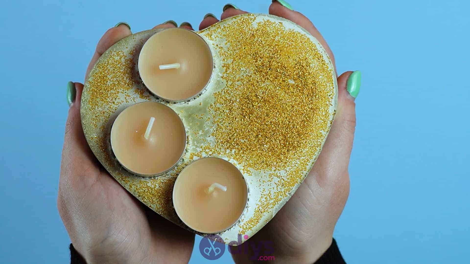 Diy concrete heart candle holder step 7b
