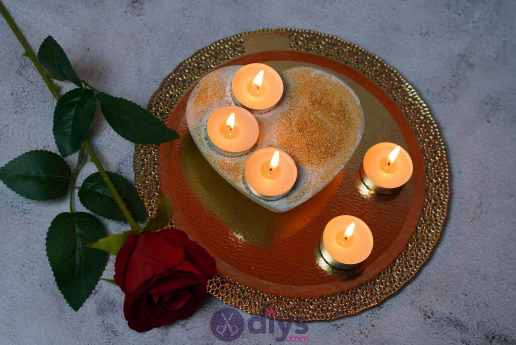 Diy concrete heart candle holder step 7c