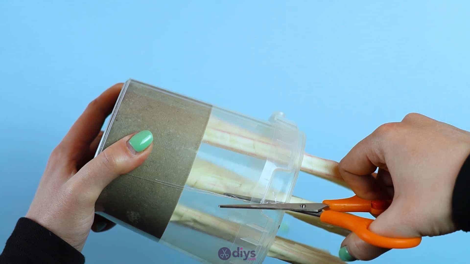 Diy concrete pencil holder step 6a