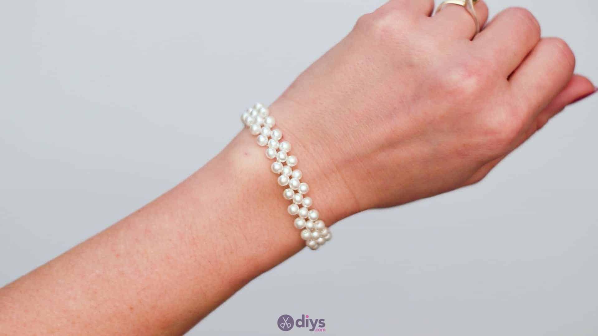Diy elegant white beads bracelet step 6d