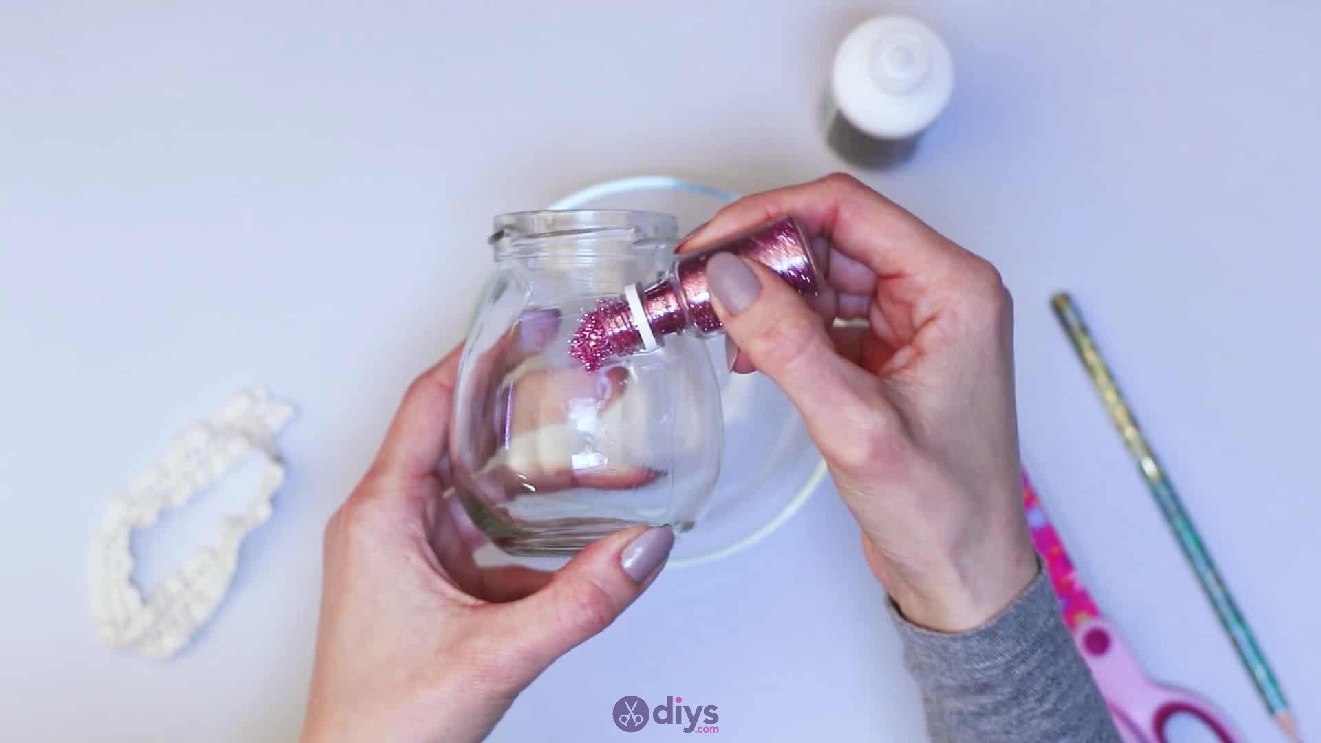 Diy flower glitter vase from glass jars step 5