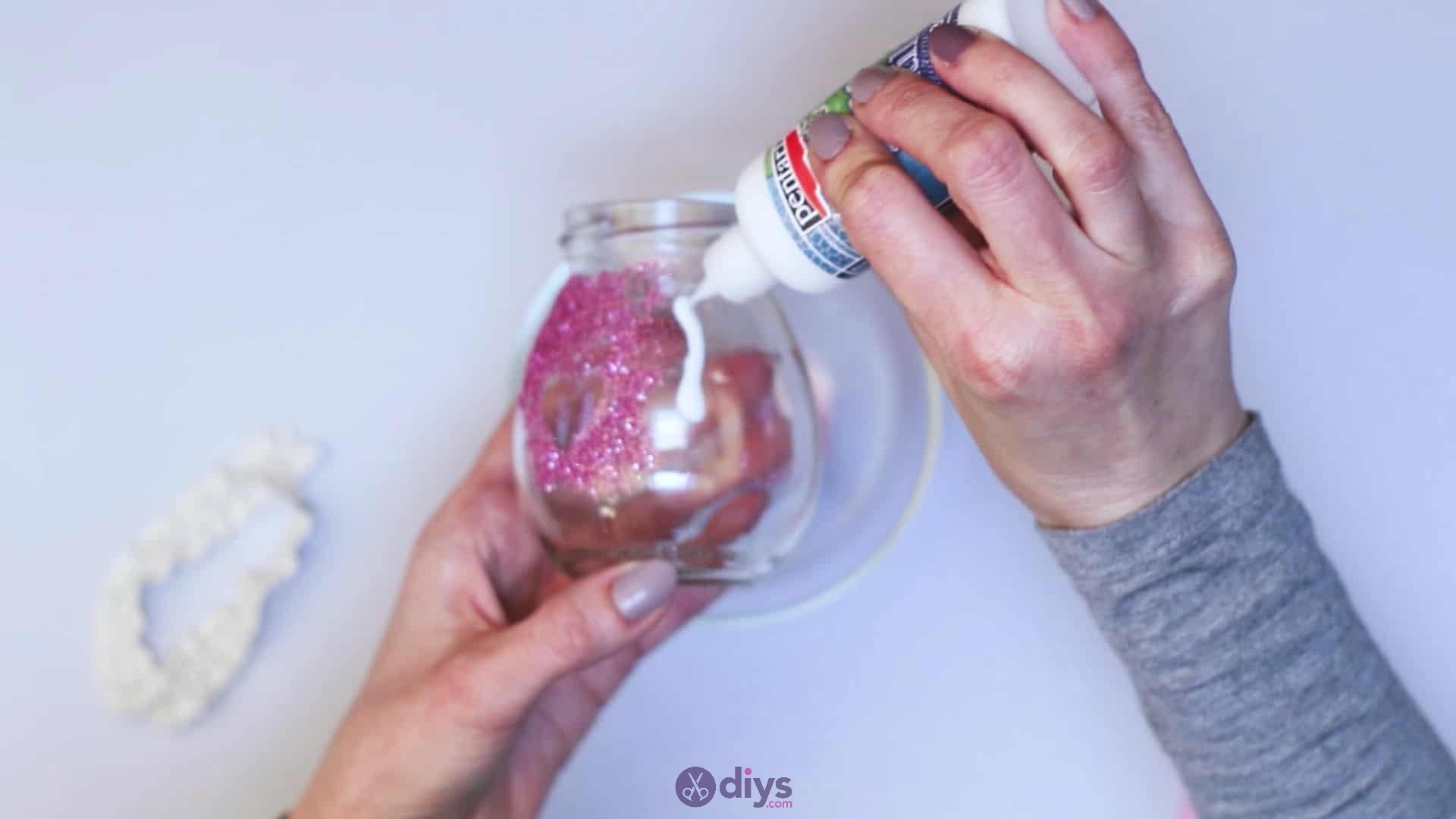 Diy flower glitter vase from glass jars step 6