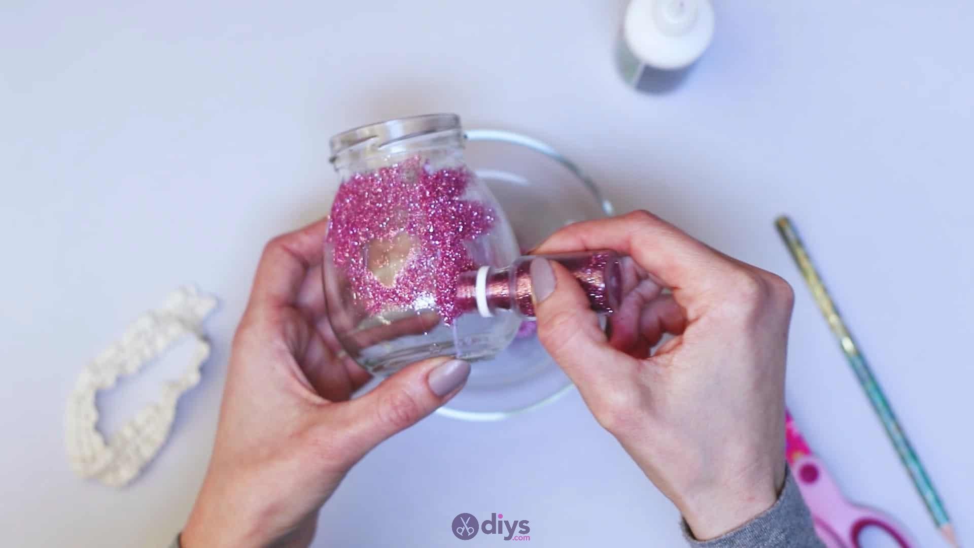 Diy flower glitter vase from glass jars step 6c