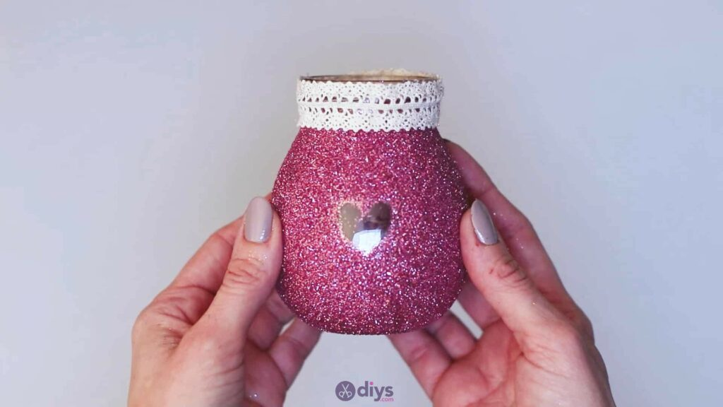 Diy flower glitter vase from glass jars step 7d