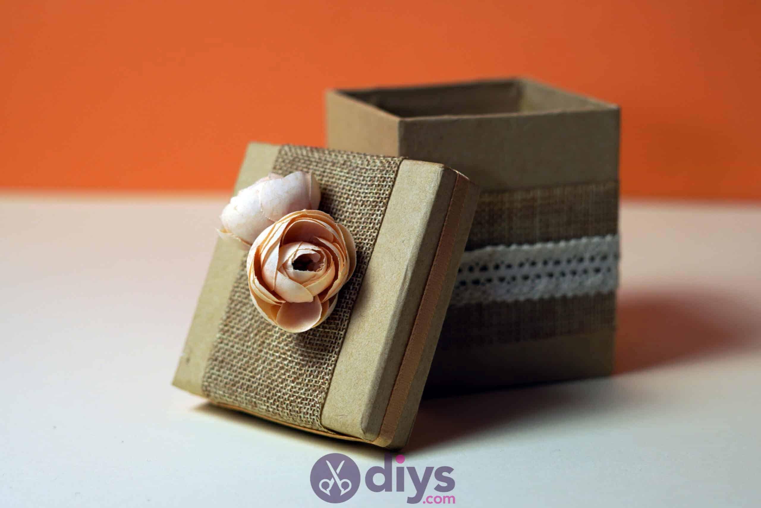 Diy jute gift box rustic