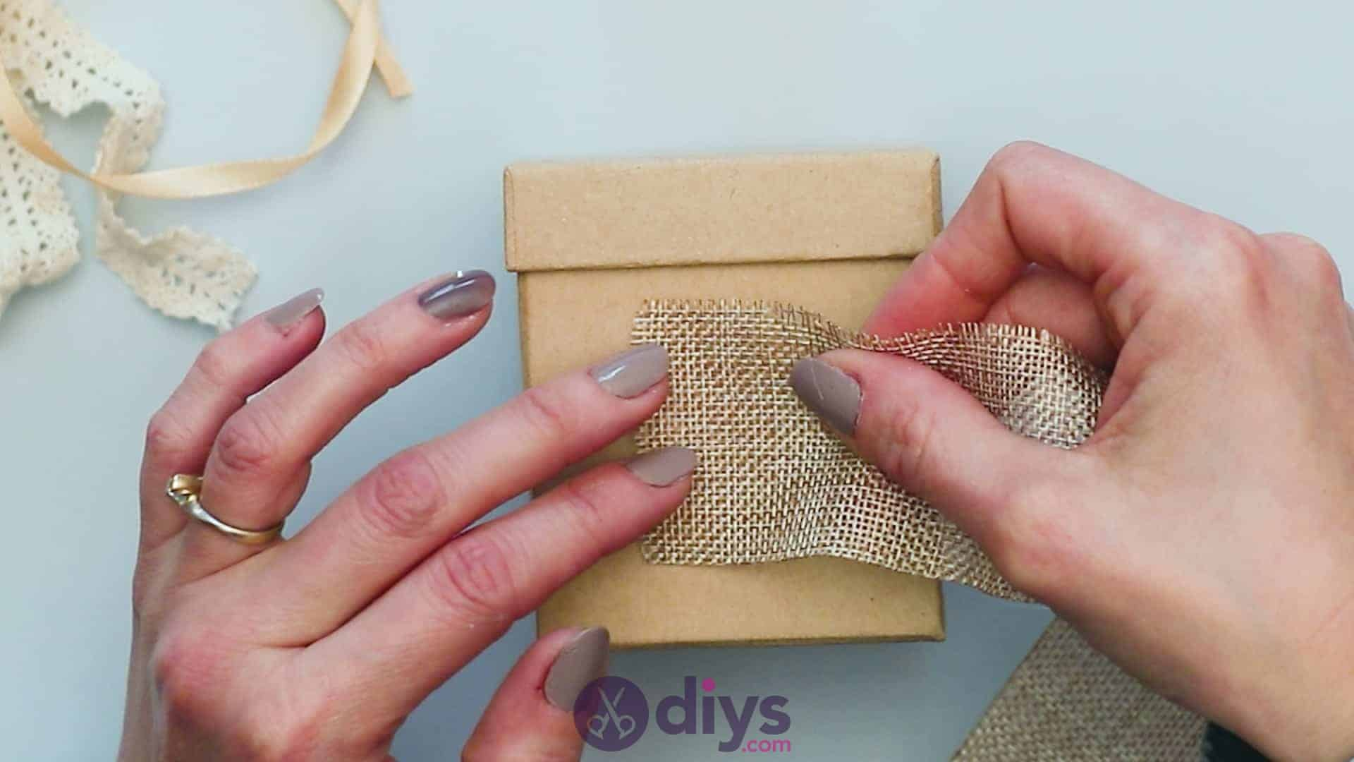 Diy jute gift box step 2a