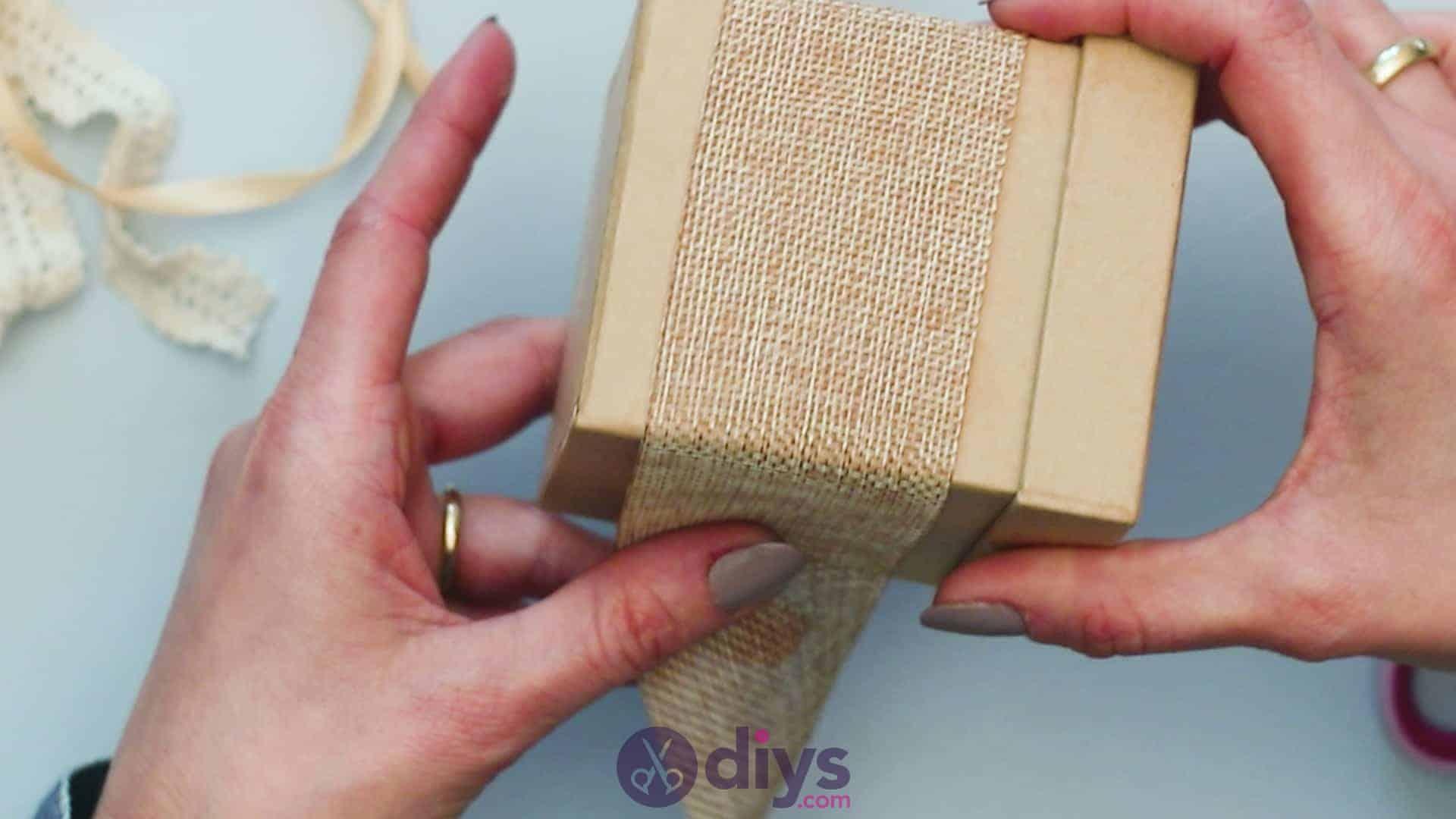 Diy jute gift box step 2b