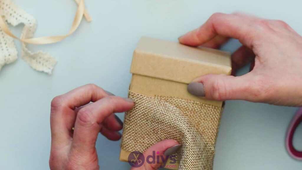 Diy jute gift box step 2d