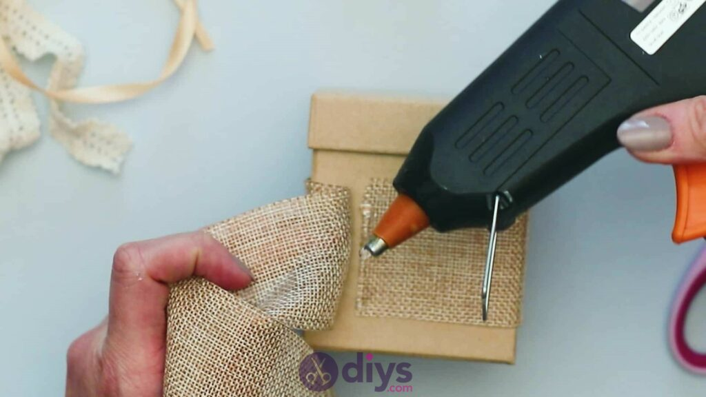 Diy jute gift box step 2f