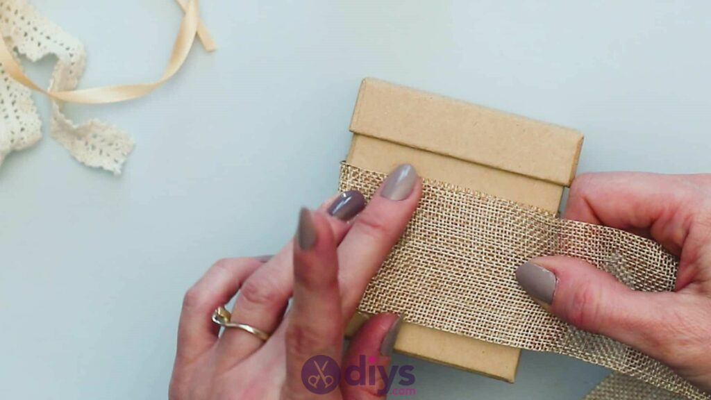 Diy jute gift box step 2g