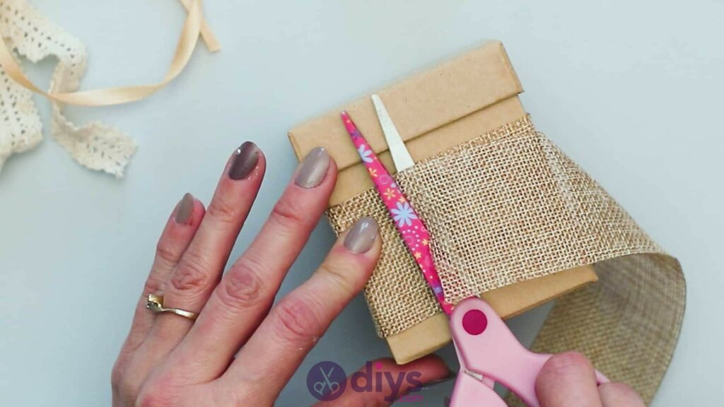 Diy jute gift box step 2i