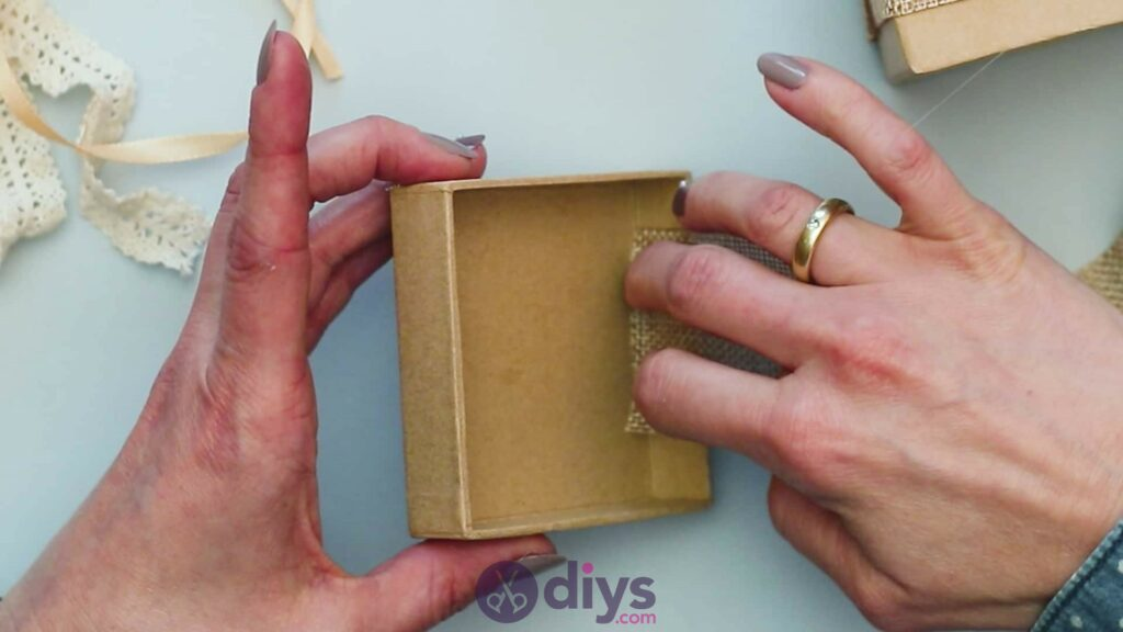 Diy jute gift box step 3a