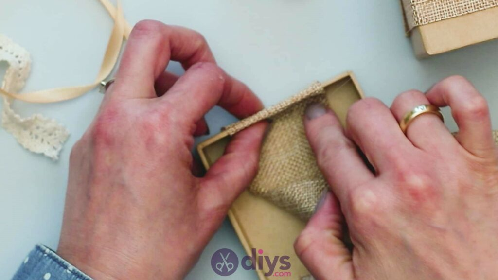 Diy jute gift box step 3d