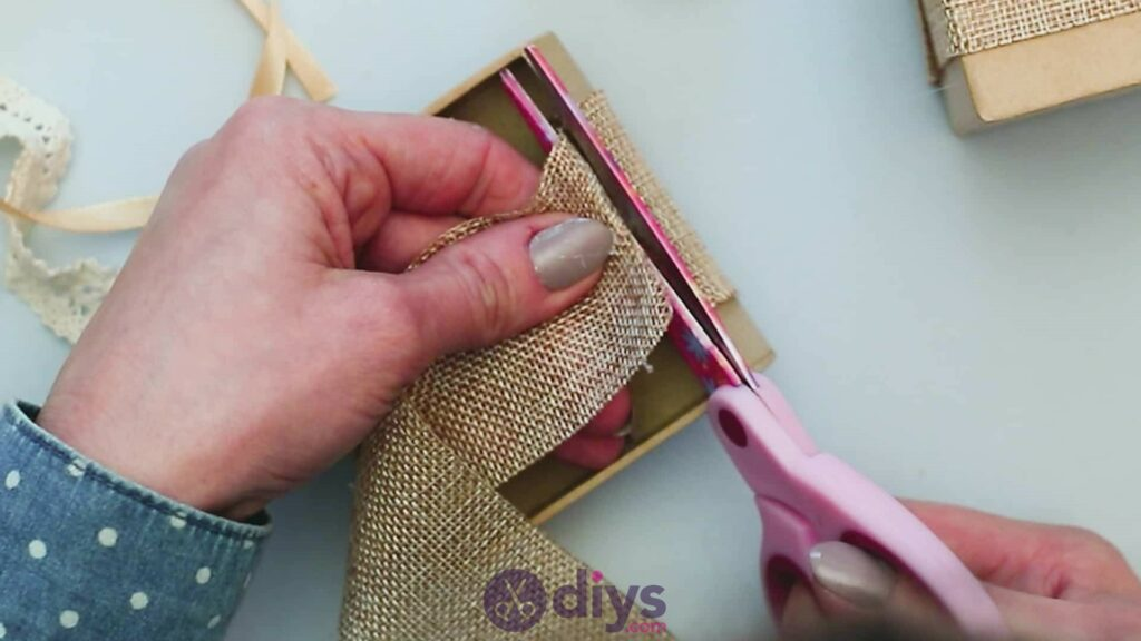 Diy jute gift box step 3e