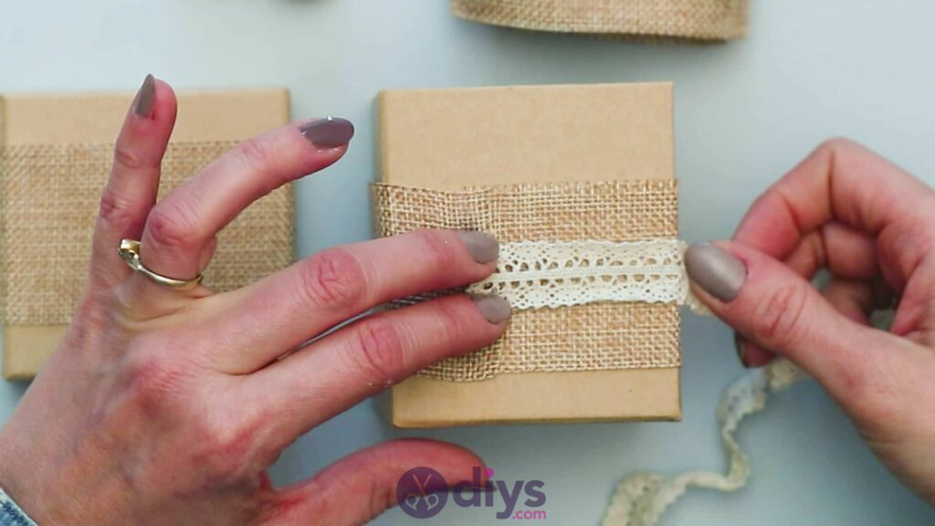 Diy jute gift box step 3h