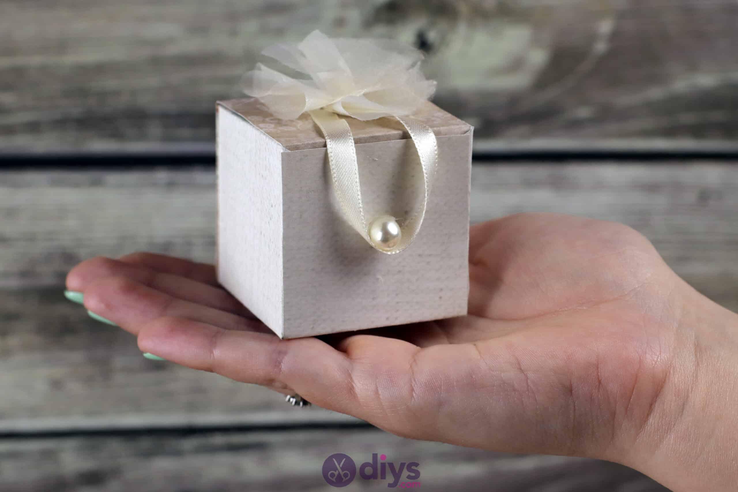 Diy mini wedding gift box rustic decor