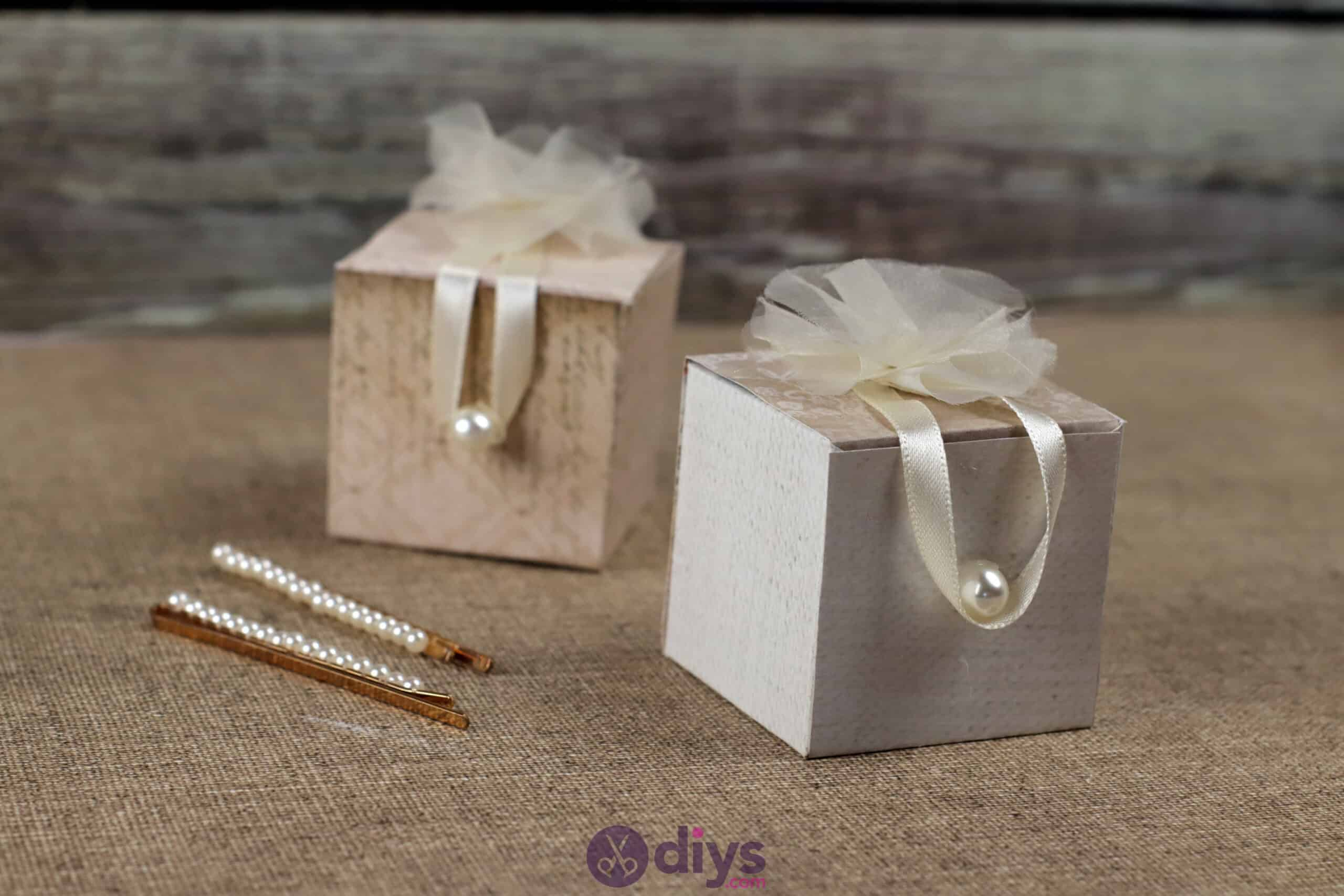 Diy mini wedding gift box simple project