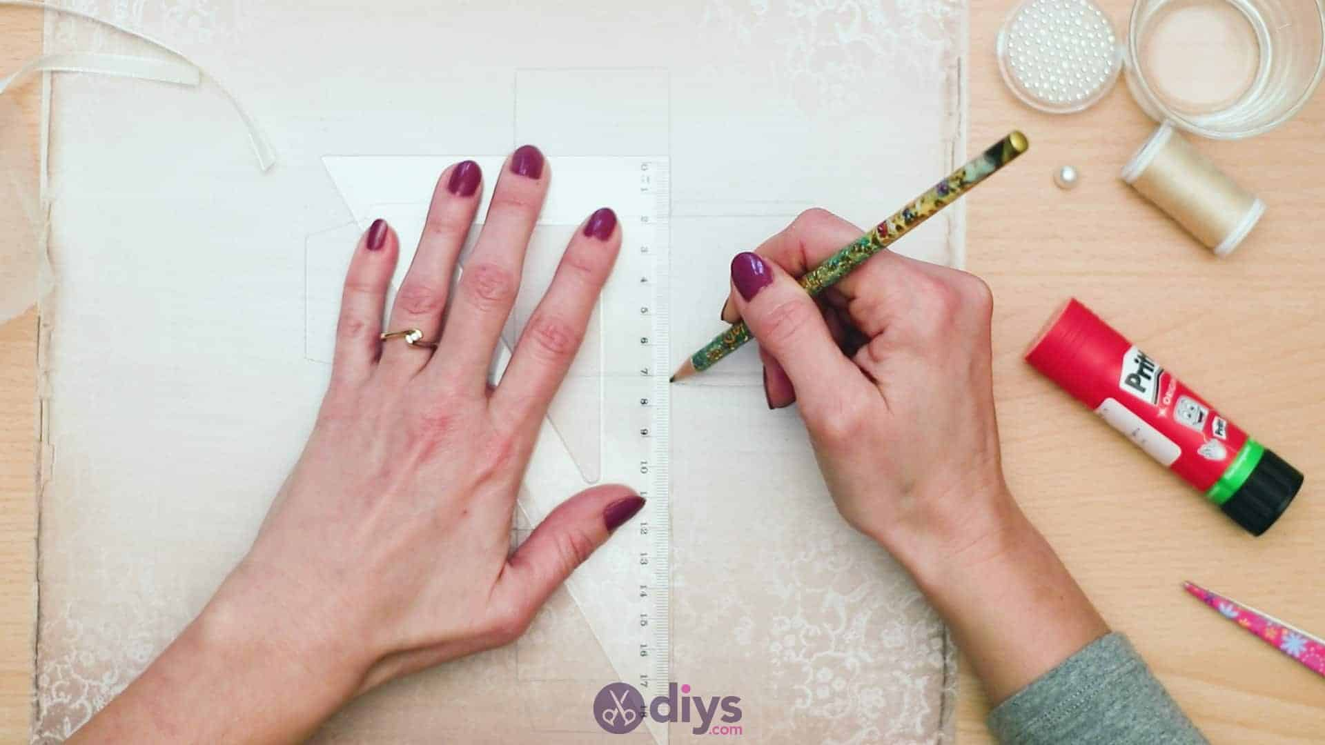 Diy mini wedding gift box step 4b