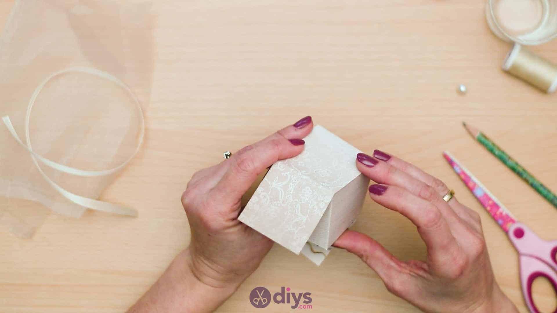 Diy mini wedding gift box step 6b