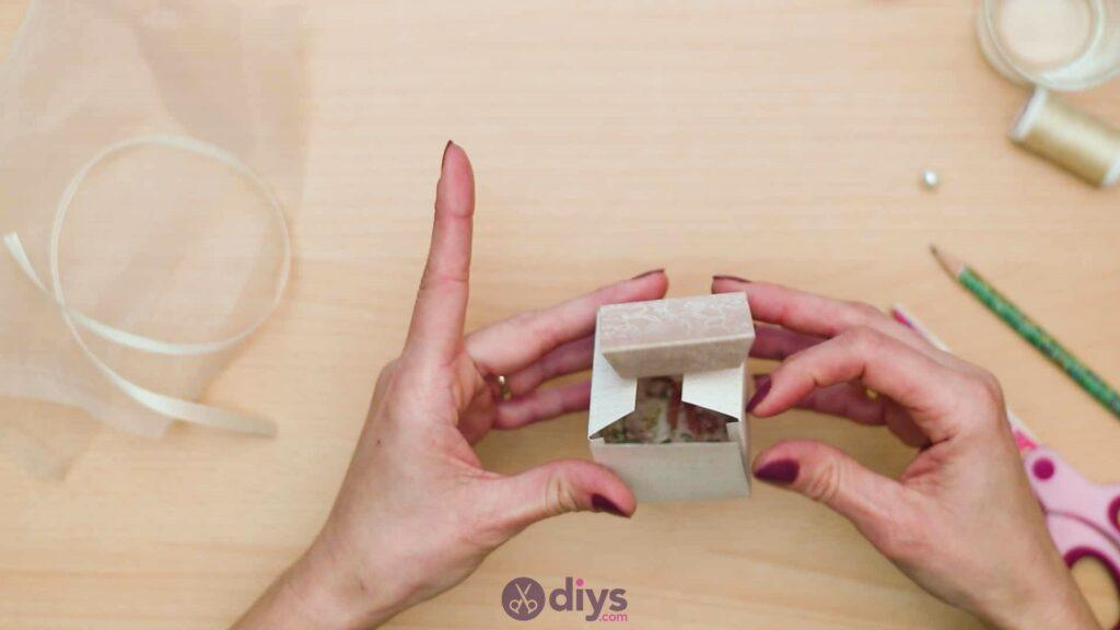 Diy mini wedding gift box step 6c