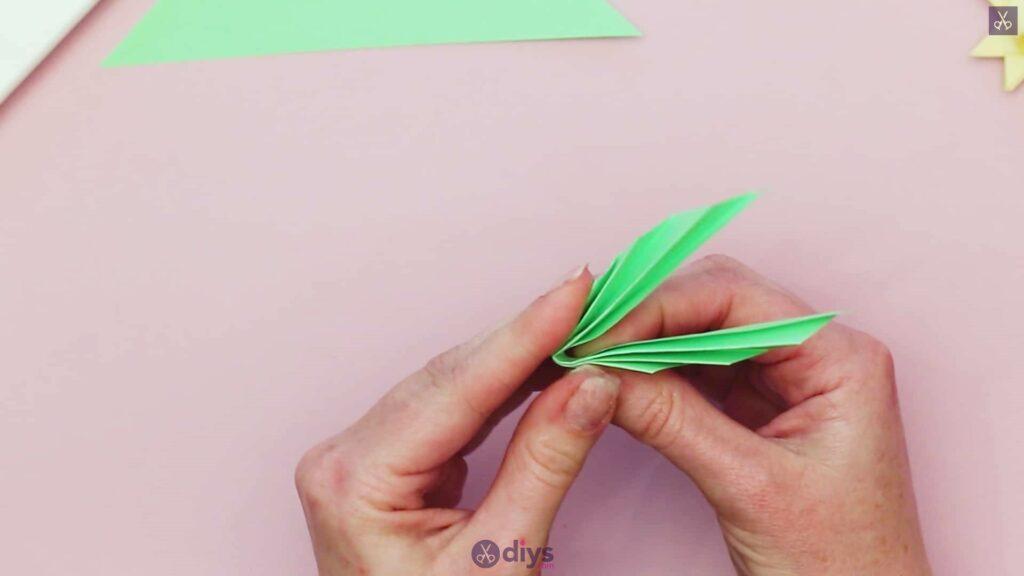 Diy origami flower art step 11b