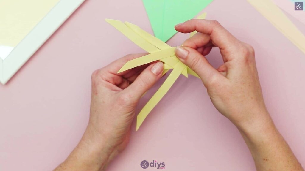 Diy origami flower art step 6a