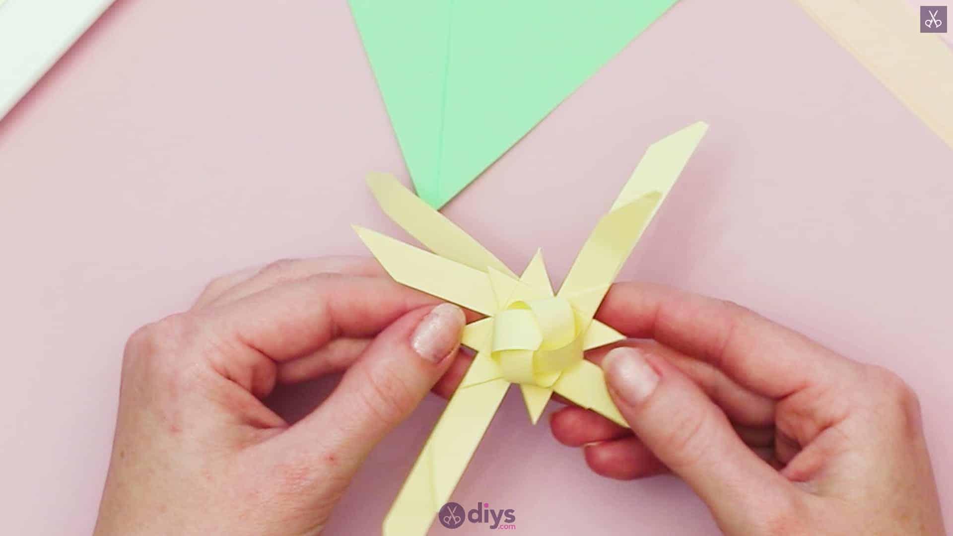 Diy origami flower art step 7d
