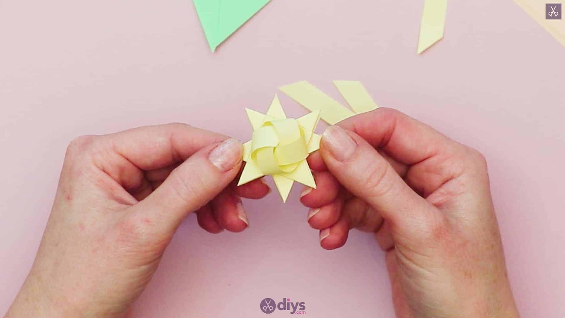 Diy origami flower art step 8b