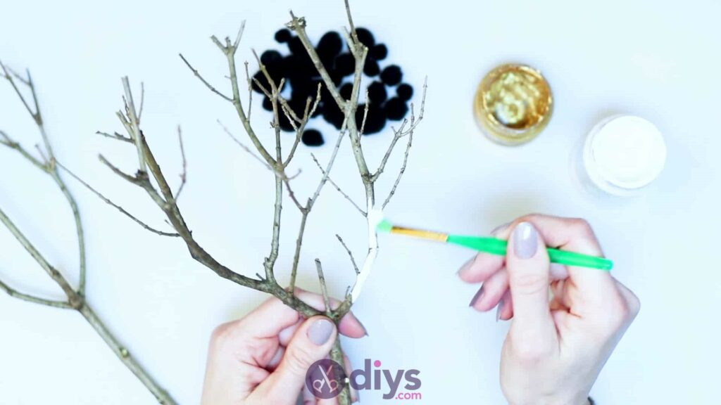 Diy pom pom tree art step 2a