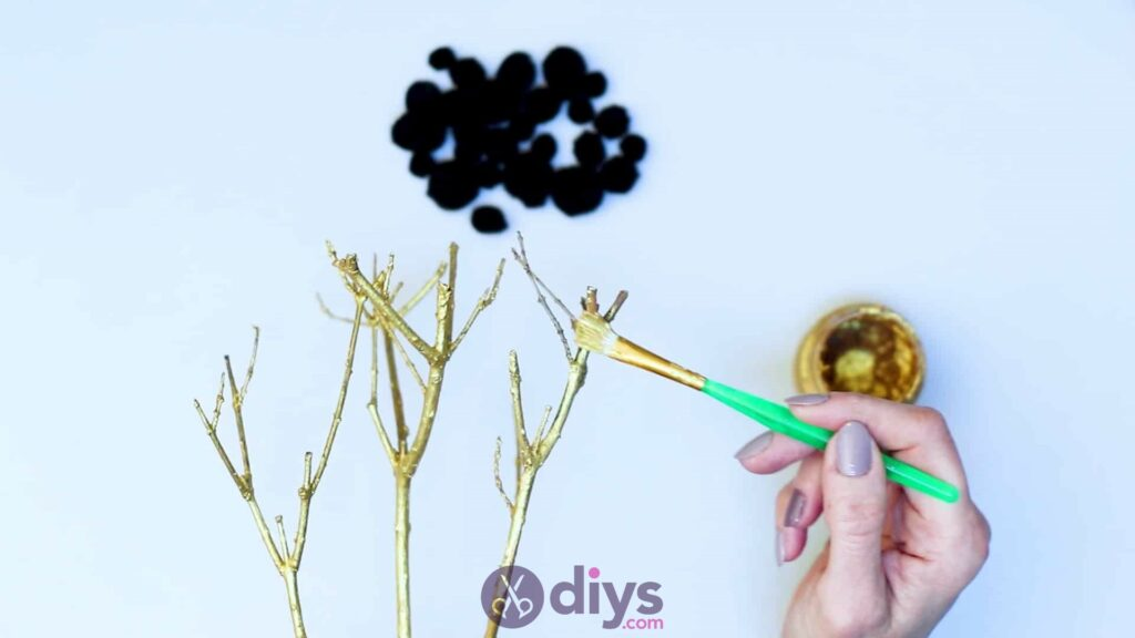 Diy pom pom tree art step 3e