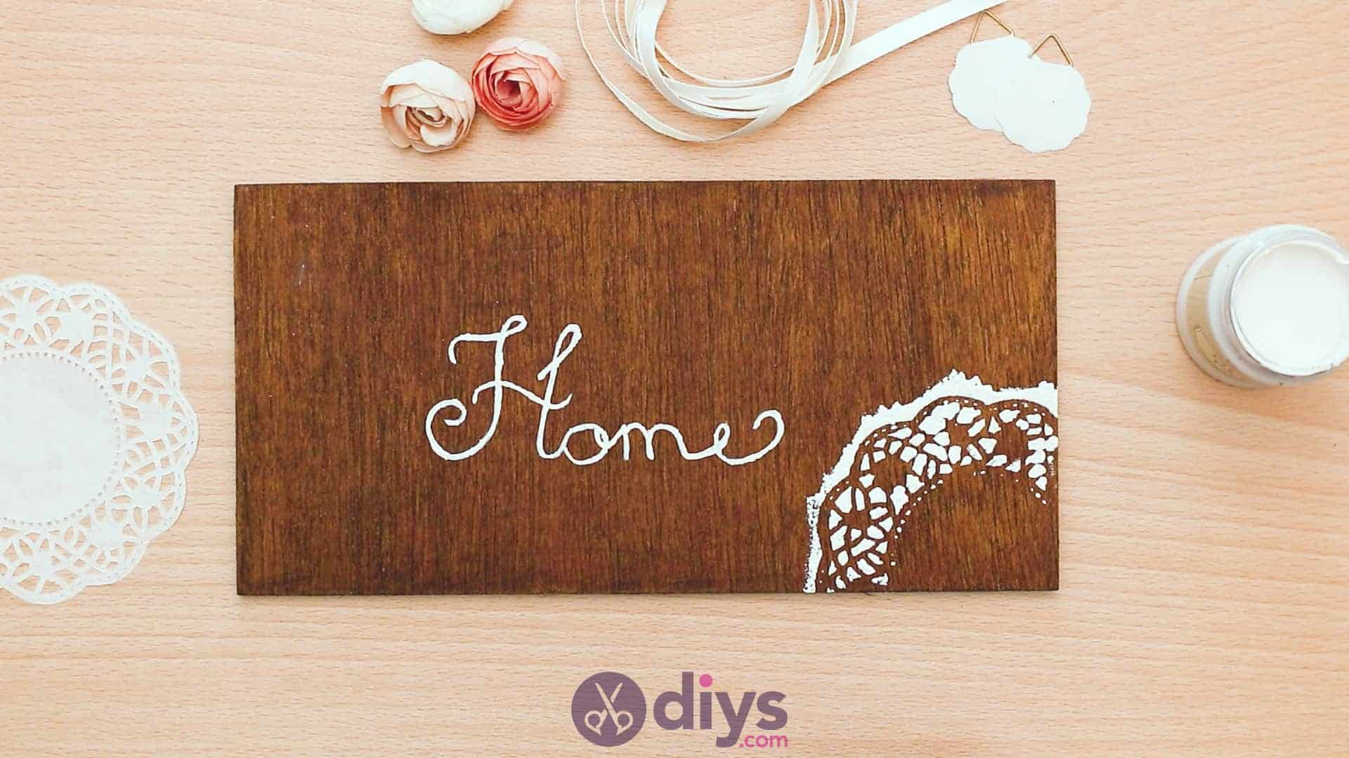 Diy wooden door sign step 4c