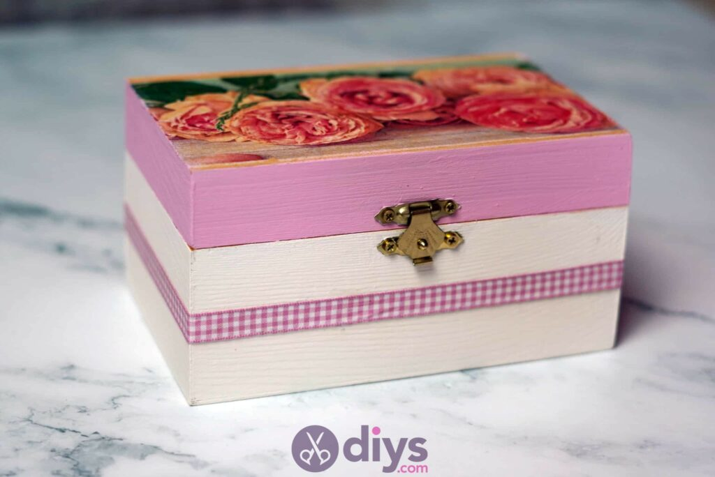Decoupage wooden jewelry box project