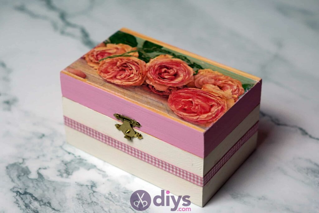 Decoupage wooden jewelry box simple project