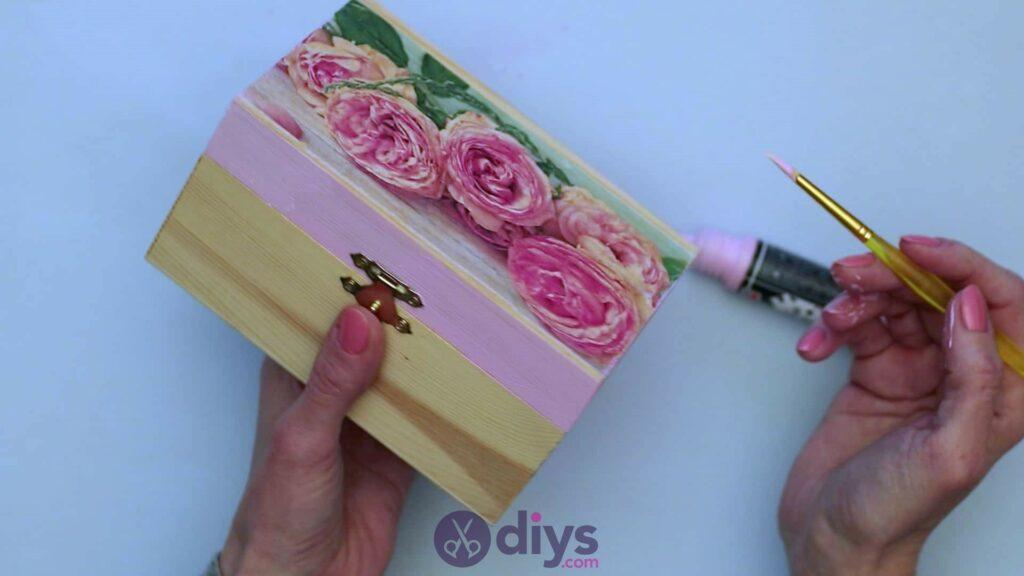Decoupage wooden jewelry box step 4c