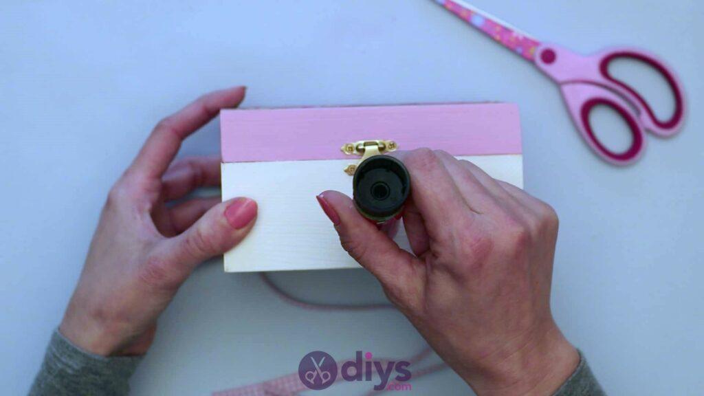 Decoupage wooden jewelry box step 6